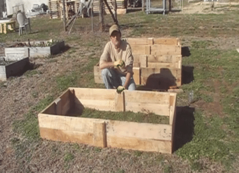 How To Build A Raised Garden Bed From Pallet Wood