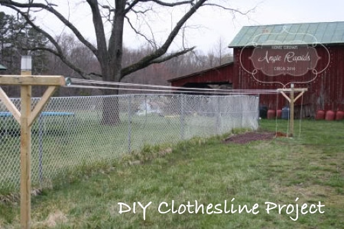 DIY Clothesline Project