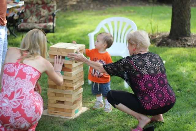 How To Build Outdoor Lawn Jenga