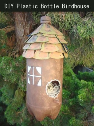 Recycle-A-Plastic-Bottle-Into-A-Birdhouse