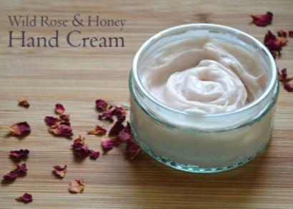 Wild-Rose-And-Honey-Hand-Cream-Recipe