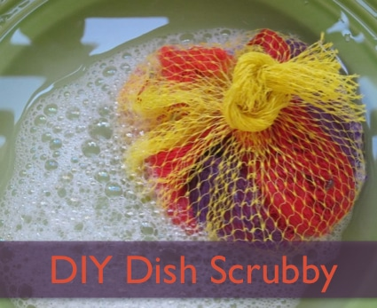 Plastic Scrubbers: Easily Make Your Own Dish Scrubby