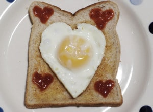 How To Make A Heart Shaped Fried Egg