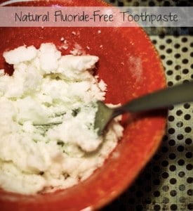 Natural Fluoride-Free Toothpaste With Coconut Oil