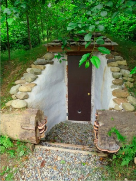 Build-A-Root-Cellar-With-Earthbag-Construction