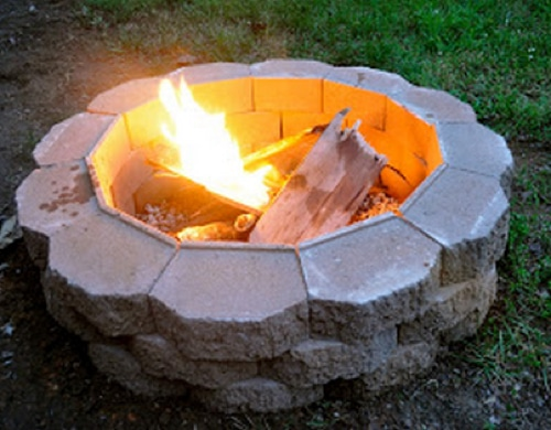 How-To-Build-A-Simple-DIY-Fire-Pit