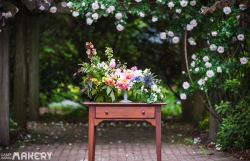 How-To-Create-A-Floral-Centerpiece-With-Cake-Stand