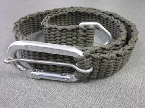 How To Make A Paracord Belt With Carabiner Buckle