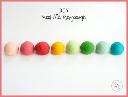 How-To-Make-Kool-Aid-Play-Dough