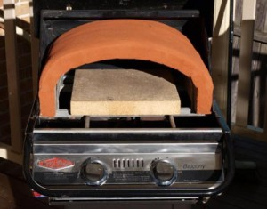 How To Turn Your Grill Into A Pizza Oven