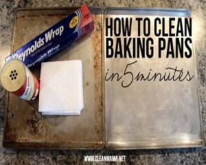 2 Methods For Cleaning Baking Sheets