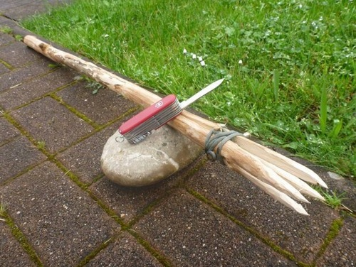 how to make a fishing spear homestead survival