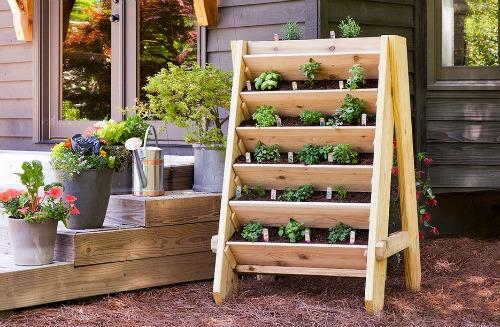 build-vertical-herb-planter