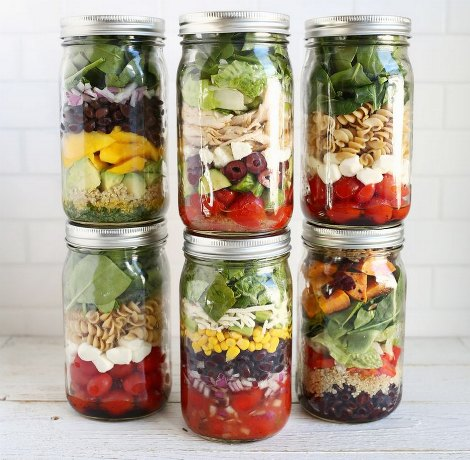 salads-in-jars