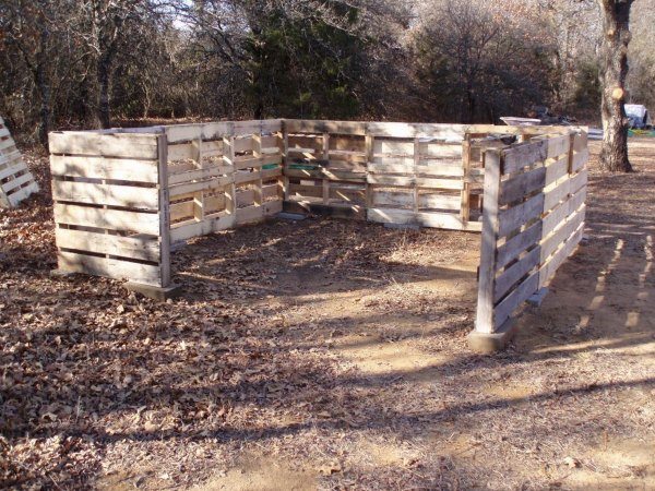pallet-shed-1