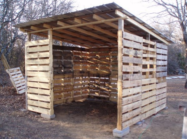 Pallet shed 3
