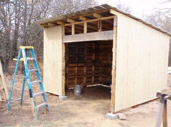 pallet-shed-4