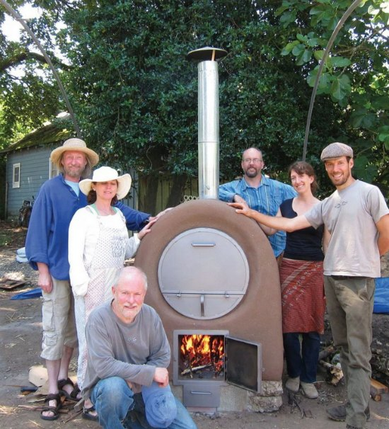 backyard-wood-fired-pizza-oven