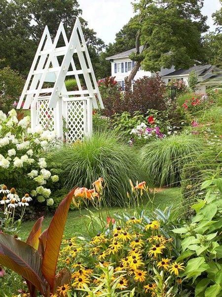 a-frame-arbor-diy-backyard-arbor