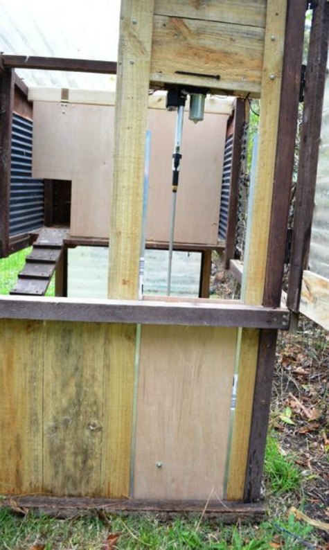 automatic-door-chicken-coop-upgrades