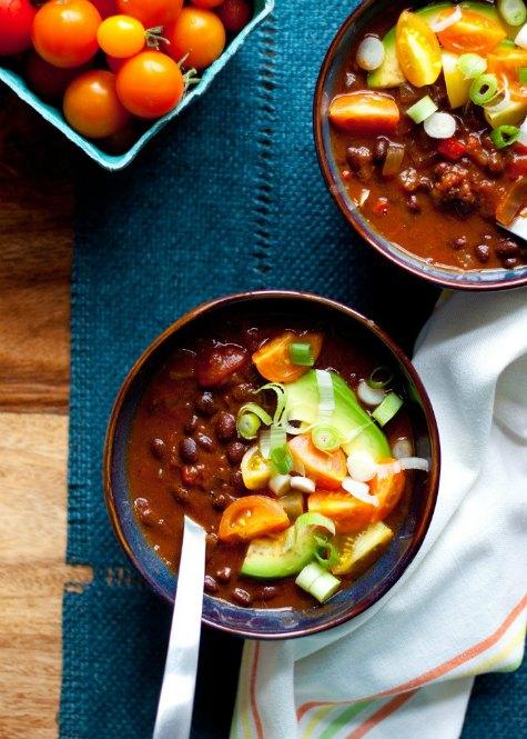 black-bean-pumpkin-chili-crockpot-chili-recipes