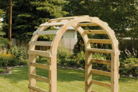 building-an-arch-top-arbor-diy-backyard-arbor