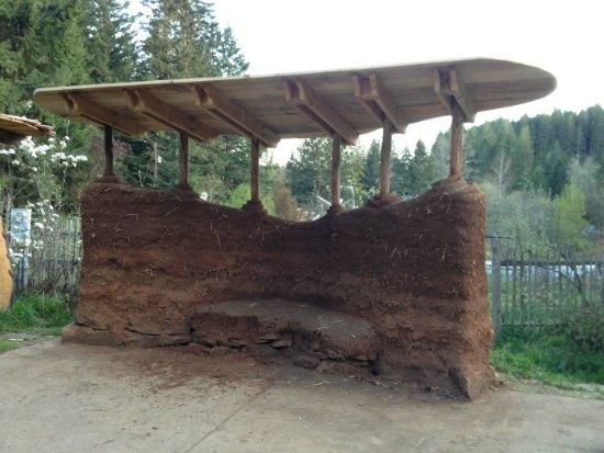cob-garden-wall-backyard-cob-projects