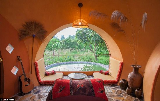 cob-house-backyard-cob-projects