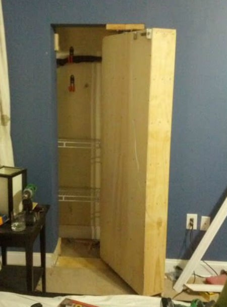 hidden-closet-bookshelf-under-home-hidden-storage