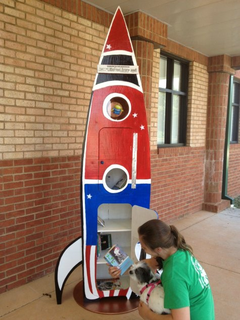 little-free-library-spaceship
