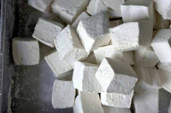 marshmallows-foods-to-quit-buying