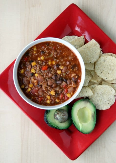 quinoa-chili-crockpot-chili-recipes