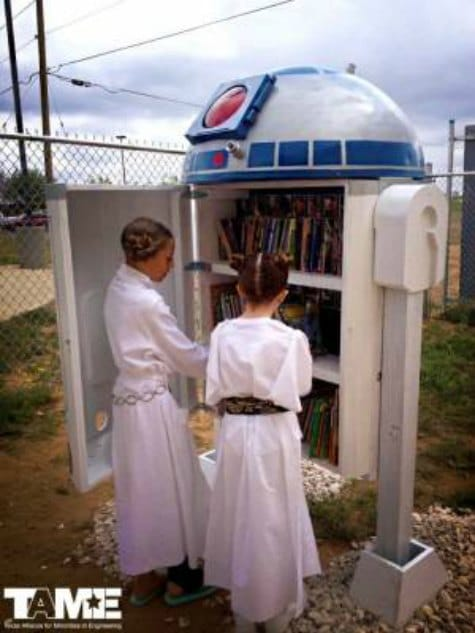 r2d2-little-free-library