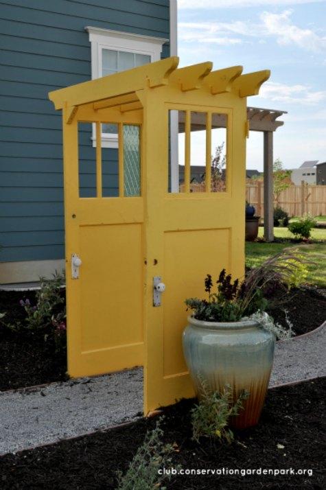 recycled-door-arbor-diy-backyard-arbor