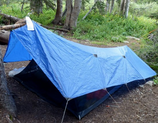 shelters-you-can-make-from-a-tarp