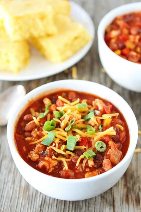 slow-cooker-turkey-chili-crockpot-chili-recipes