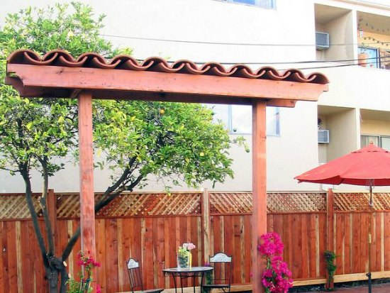 spanish-style-arbor-diy-backyard-arbor