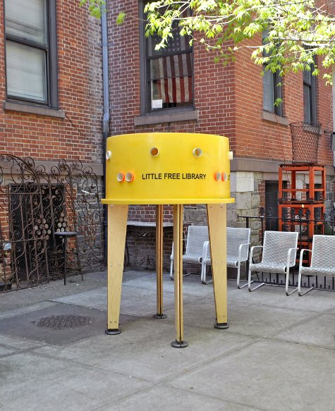 stereotank-little-free-library
