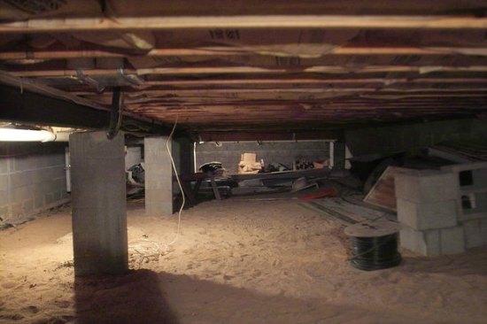 top-secret-bunker-under-home-hidden-storage
