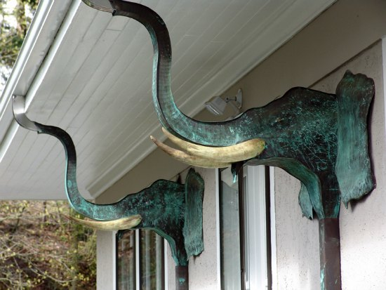 twin-elephants-diy-downspout-ideas