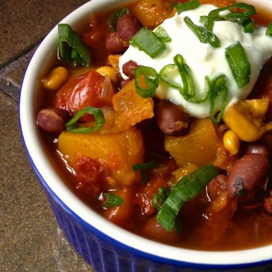 vegetarian-chili-butternut-squash-crockpot-chili-recipes