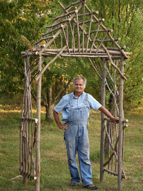 willow-arbor-diy-backyard-arbor