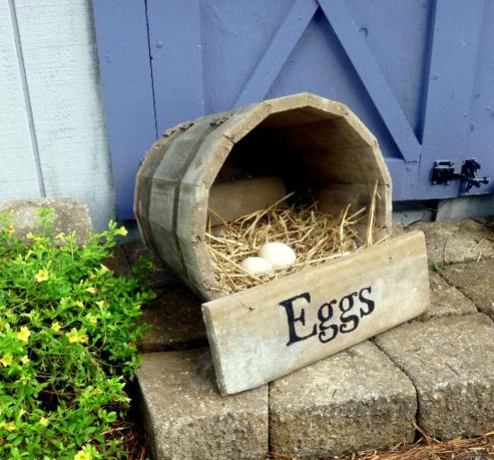 wooden-barrel-nesting-box-inexpensive-nesting-boxes