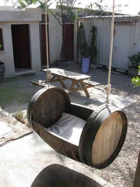 11-brilliant-ways-to-repurpose-wine-barrels-on-the-homestead