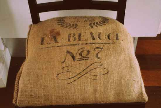 15-creative-projects-made-with-burlap