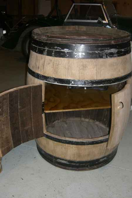 18-brilliant-ways-to-repurpose-wine-barrels-on-the-homestead
