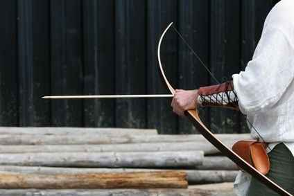 18-diy-bow-and-arrow-projects-for-survival