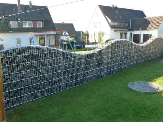 18-easy-diy-fence-solutions