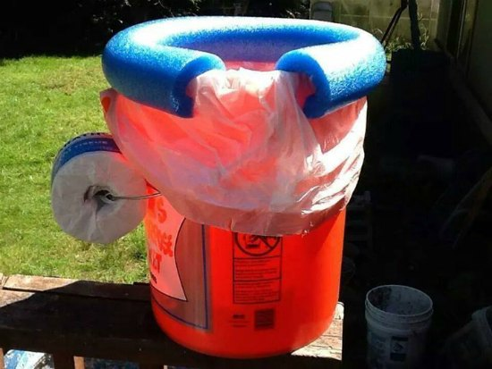 2-Brilliant-Ways-To-Use-Five-Gallon-Buckets-On-The-Homestead