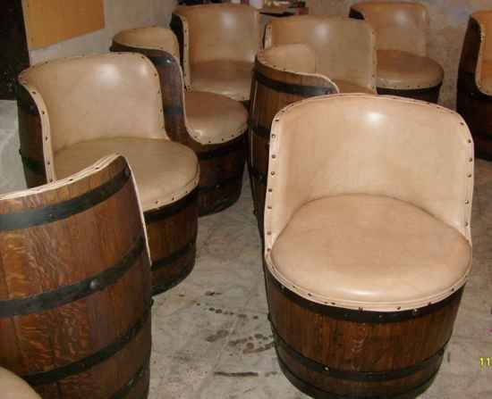 20-brilliant-ways-to-repurpose-wine-barrels-on-the-homestead